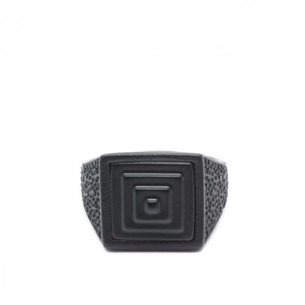 Double U Frenk | Square Pyramid Total Black Ring Nero | DUF_SQUARE PYRAMID TB