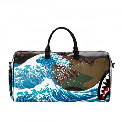 Sprayground   Borsone Camokawa Wave Shark Duffle Verde   SPR_910D2447NSZ